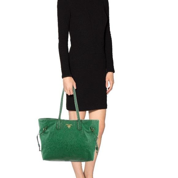 Prada Bags   100 Authentic Rare Saffiano Green Tote   Poshmark 0a59fe1173